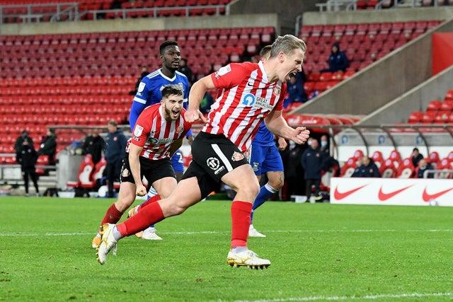 Leadbitter goal Portsmouth Sunderland blog